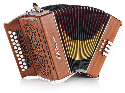 Castagnari Wielly button accordion