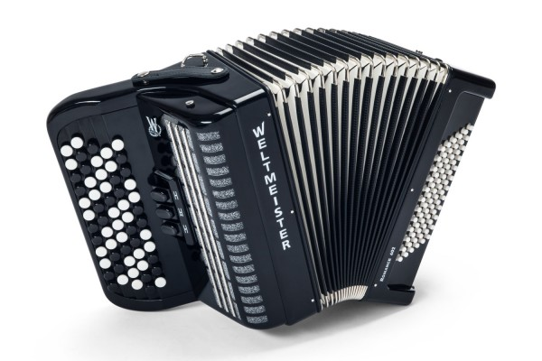 Weltmeister Romance 602 chromatic accordion
